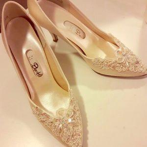Shoes - Beautiful beaded classy comfortable wedding shoe